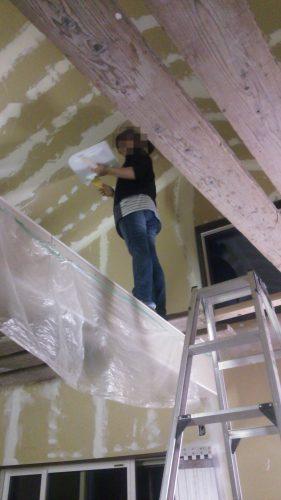 塗り壁DIY下地パテ塗り風景天井