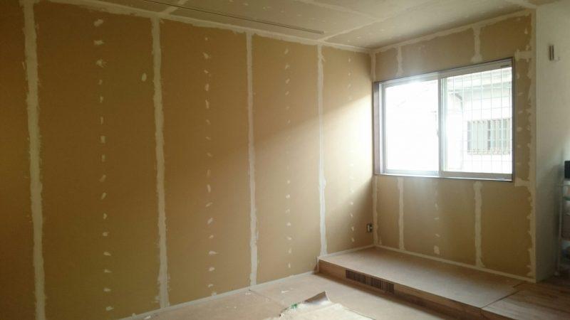 ホームシアター塗り壁DIYひとりで塗れるもん下地