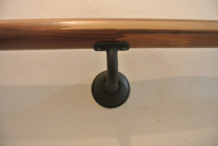 カワジュン ブラケット(壁付用) KH-631 取付方法 DIY 施工写真
