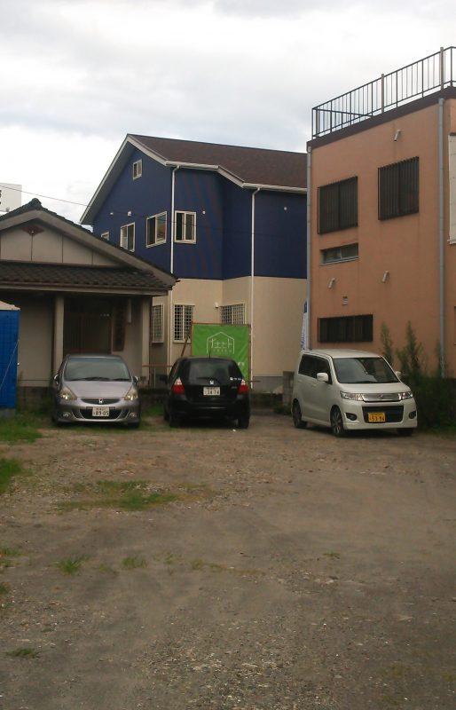 見学会風景駐車場