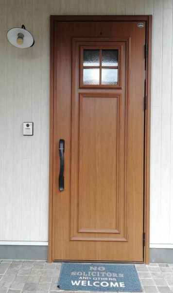 玄関ドア ヴェナート 片開き D2仕様 U06 (上部採光デザイン)