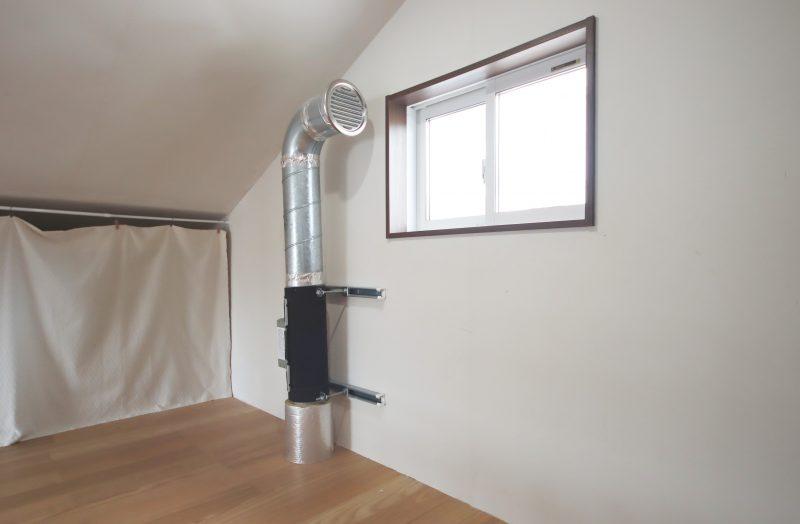 ロフトには全館空調の通気口があります