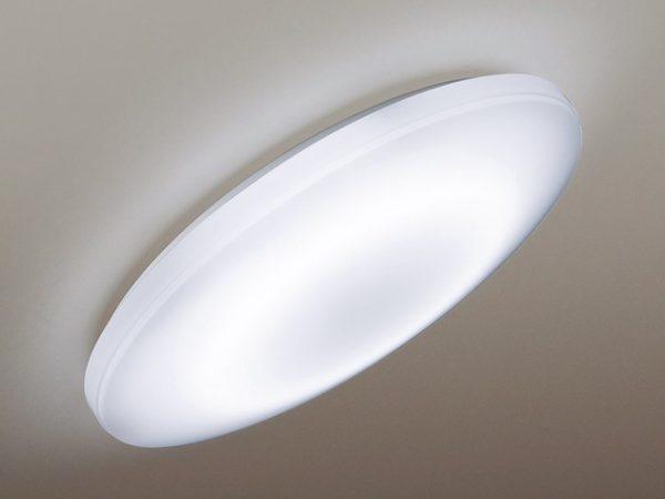傾斜天井対応型シーリングライト