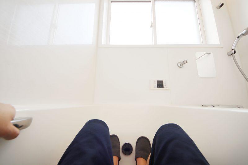 浴室を半露天風呂風に